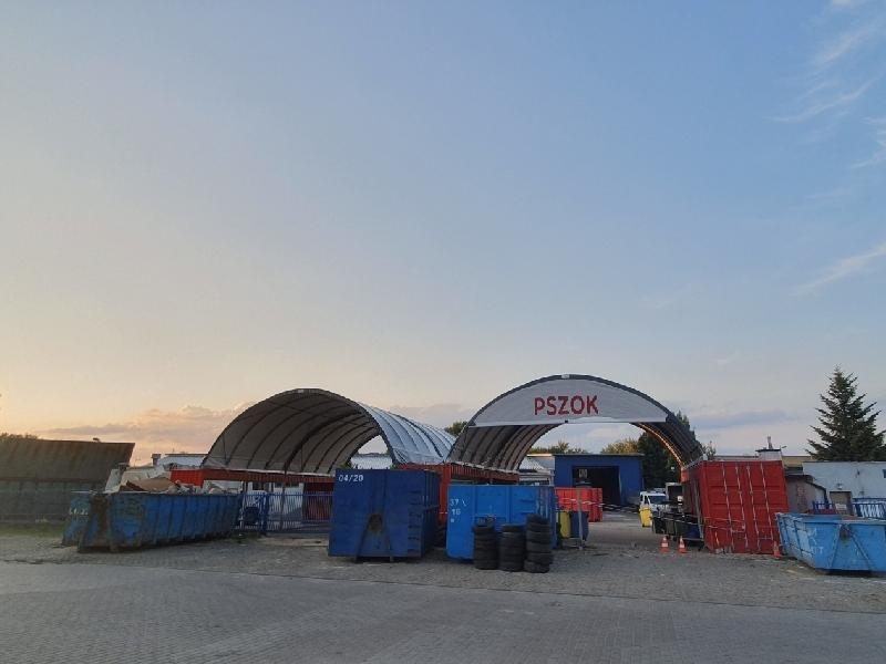 Unterschlupf der Abfallsammelstelle - Polen - PUK Piaseczno